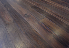 sàn gỗ chiu liu 18x120x1050