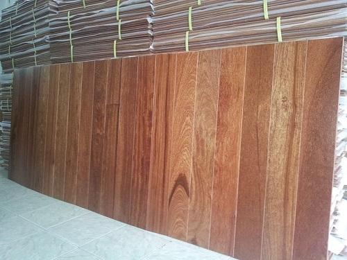 Sàn gỗ Giáng Hương KT 18 x 120 x 750mm