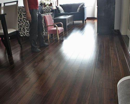 Với sàn gỗ nhập khẩu có mức giá từ trung bình cho đến thấp