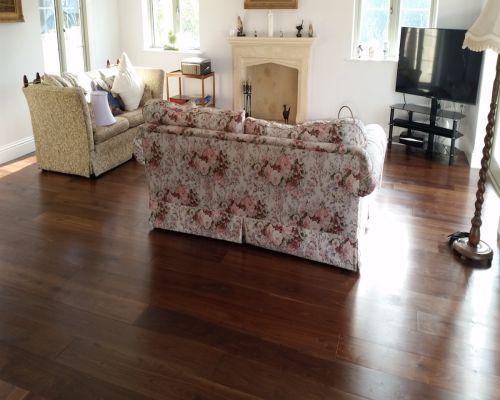 giá sàn gỗ Chiu liu, giá sàn gỗ tự nhiên