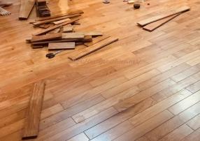 Sàn gỗ Gõ Đỏ 18 * 120 * 600mm