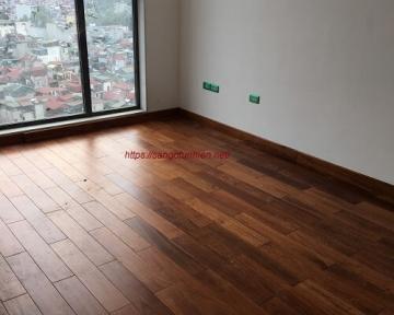 Công trình sàn gỗ Căm Xe tại Sun Grand City Lương Yên