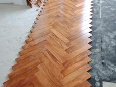 Sàn gỗ gõ đỏ 15 x 90 x 750 mm