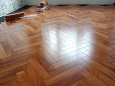 Sàn gỗ gõ đỏ 18 x 120 x 1050 mm
