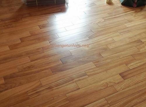 Sàn gỗ Gõ 15 * 90 * 450mm